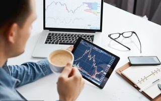 Đầu tư cổ phiếu: Cách để nhà đầu tư tìm kiếm một cổ phiếu an toàn, có triển vọng