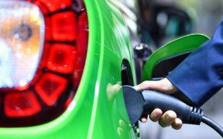 Thị trường trạm sạc xe điện đạt 100 tỷ USD trong vòng chưa đầy thập kỷ