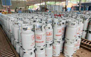 Giá gas tăng mạnh, sát mức 500.000 đồng/bình 12kg trước ngày TPHCM mở cửa