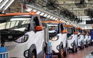 Trung Quốc bắt đầu kiềm chế ngành công nghiệp xe điện đang nở rộ ở nước này