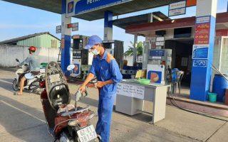 Giá xăng tăng lên hơn 22.000 đồng/lít, cao nhất trong 7 năm qua