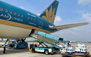 TPHCM: Chấp thuận khôi phục lại 18 chặng bay nội địa đi các tỉnh, thành phố